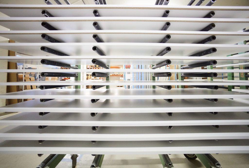 Investition: automatische Spritzanlage mit Trocknungsraum